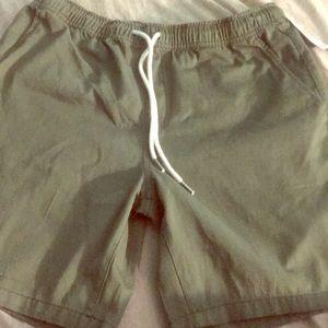 Woven green shorts